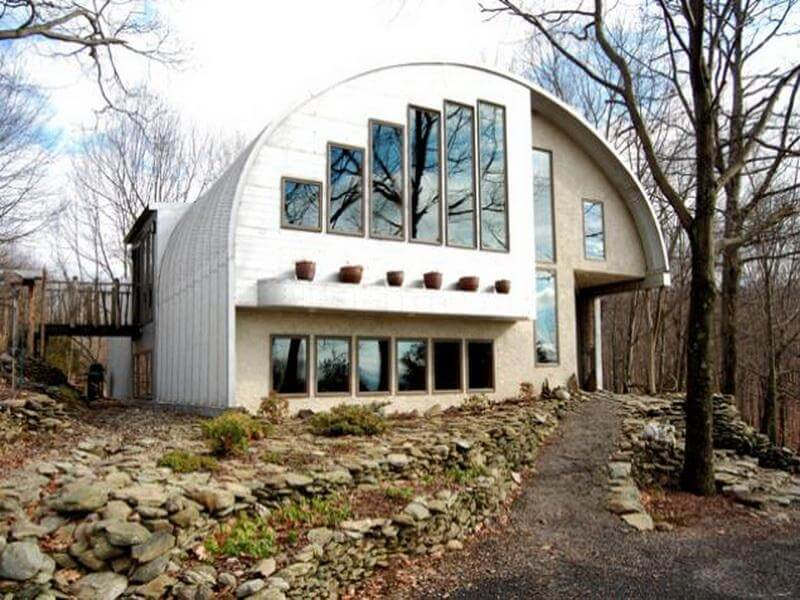 Color the outside quonset